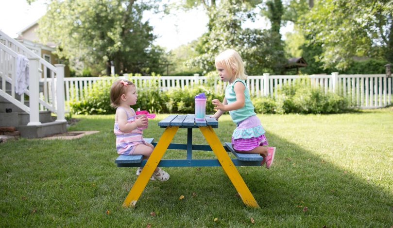 Lifestyle_Soft_Spout_Toddler_Cup_Insuated_Spoutless_Cup_O16A8746