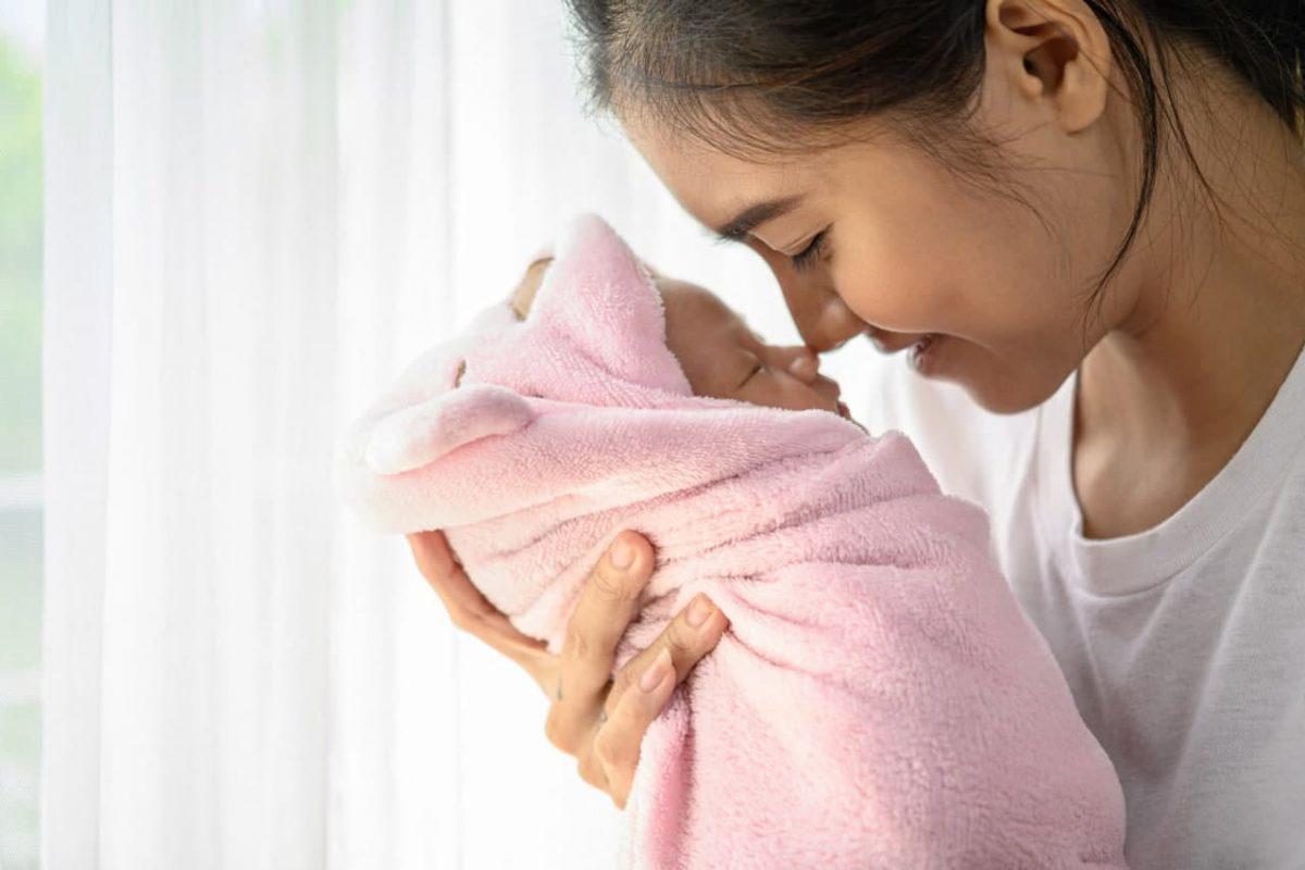 Tahapan Penglihatan Bayi dari 0 hingga 12 Bulan